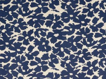 Viskose Druck Blüten weiß-jeansblau