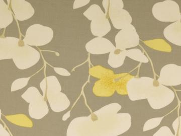 Viskose Druck Blütenzweoge grau-gelb-weiß